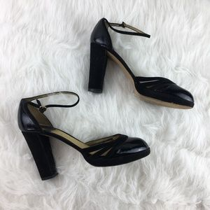 Chloe Sz 39 Black strappy heels sandals